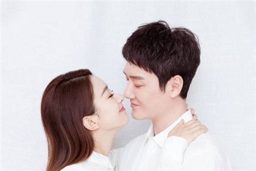 趙麗穎、馮紹峰/微博