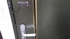 租屋風險多!管理員突持鑰匙闖入…他氣炸:上次從陽台進來  圖/翻攝臉書