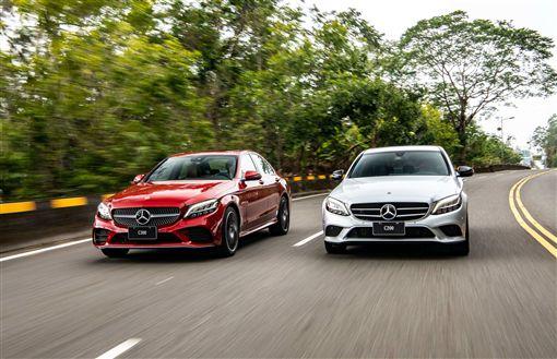 Mercedes-Benz C200與C300。(圖/Mercedes-Benz提供)