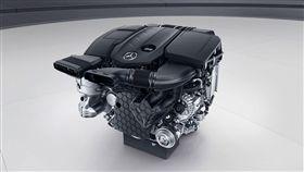 Mercedes-Benz Mild-hybrid 48V引擎。(圖/翻攝網站)