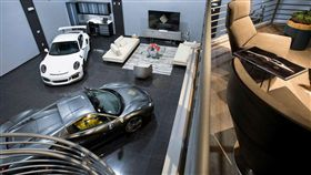 位在邁阿密的Collection Suites車庫套房。(圖/翻攝網站)
