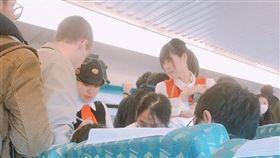 網友分享在高鐵上看見的「台灣最美風景」。(圖/翻攝爆廢公社)