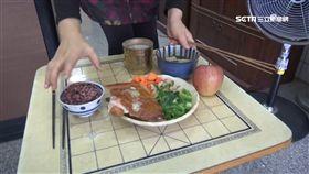 五杯五筷配一碗飯? 拜地基主