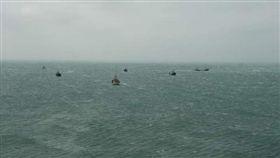 澎湖,大陸漁船,滾輪式拖網,珊瑚(圖/翻攝畫面)
