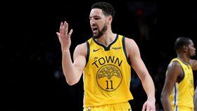 NBA/K湯復活!竟向右手說:想你 NBA,金州勇士,Klay Thompson 翻攝自推特