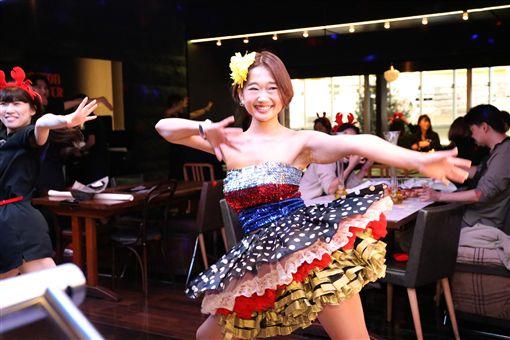DANCING CRAB蟹舞,微風南山。(圖/品牌提供)