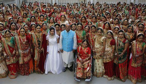 她們值得幸福!當3千名貧女的乾爹 印鑽石大亨只為送嫁妝圖/美聯社/達志影像