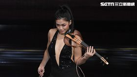 火辣小提琴手康妮媚在美演出被圈粉。(圖/記者蕭翰弦攝影)