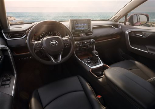 Toyota RAV4(圖/車訊網)