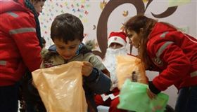 敘利亞,俄羅斯,新年,禮物 圖/翻攝自推特