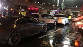 新北市,林口,車禍,推撞,受傷,夾困,翻攝畫面