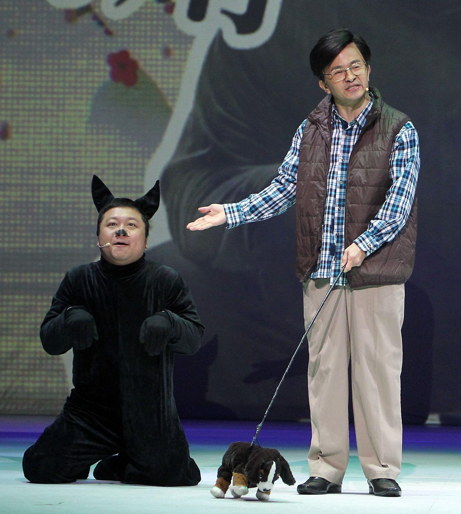 唐從聖模仿蔡英文、李炳輝、阿扁。(記者邱榮吉/攝影)