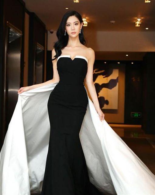 南韓女星Clara(本名李成敏)/IG