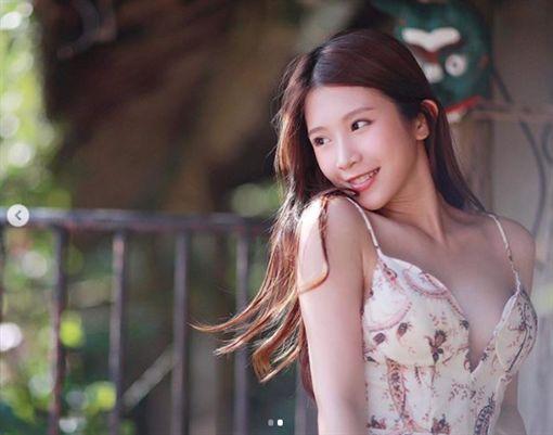 雞排妹,鄭嘉純,瘦臉/翻攝自雞排妹IG