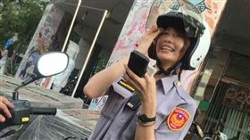 鍾馨娟 正妹女警 高雄 翻攝FB