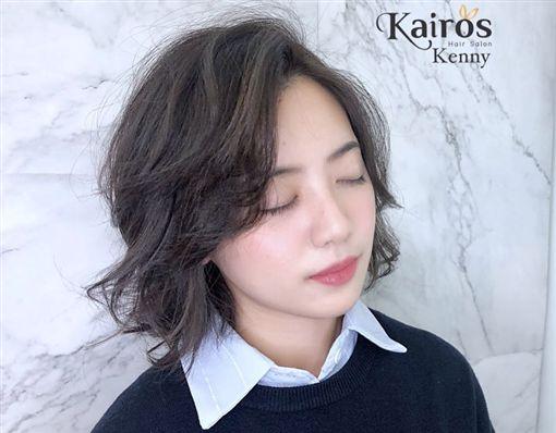 學姊黃瀞瑩換新髮型。(圖/翻攝自Kairos Hair Salon臉書)