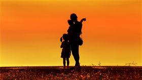 母女 母子檔 母愛 https://www.flickr.com/photos/corker888/27400893642/in/photolist-HKjK3J-6Mki7y-6Mg6L6-6Mgakn-6Mg7pT-82DTXA-47txhL-7uq8eH-2fjiSe-6Mga9x-S89QnD-6MkiwY-astu1e-6MgaJ6-6MkkVb-6MkokA-6Mg67t-6Mg91i