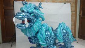 「半身藍麒麟」氣球打造!國三生將為國爭光 5萬人讚爆 圖翻攝自洪呆呆氣球工坊臉書