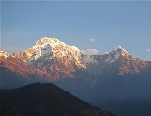 ▲波卡拉是欣賞喜馬拉雅山魚尾峰的好去處 (圖/鳳凰旅遊)