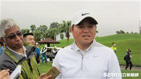 ▲胡金龍出席最愛的高球活動。(圖/記者蕭保祥攝影)