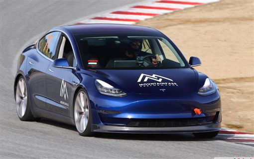 ▲Tesla Model 3 Performance(圖/翻攝網路)