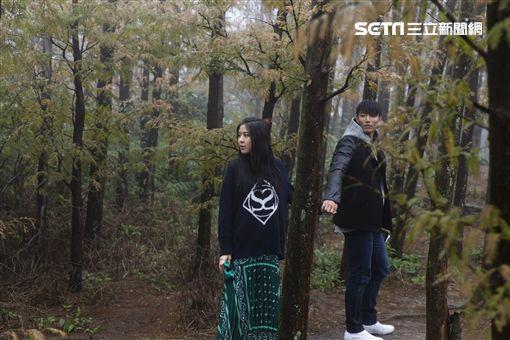 erika、賴東賢〈擁有我〉圖/華納音樂提供