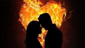 -脫單-愛情-熱戀-情侶-(圖/pixabay)