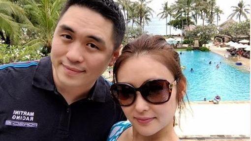 ▲麻衣與王泉仁去年傳出婚變分居的傳言。(圖/翻攝自臉書)