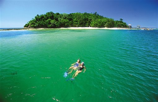 ▲到沙巴和魚兒們一起游泳(圖/馬來西亞觀光局)