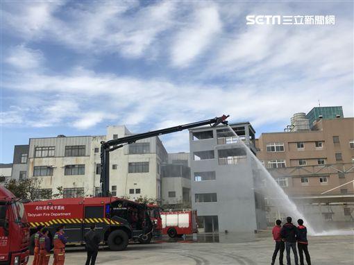 桃園市消防局添購高效能化學車(圖/翻攝畫面)
