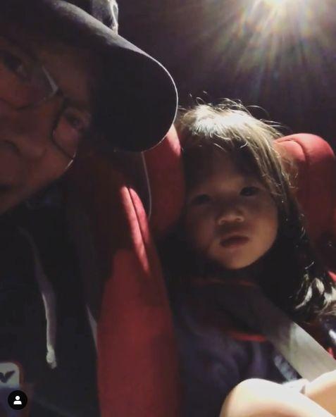 隋棠老公Tony與女兒。(圖/翻攝自Tony IG)