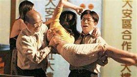 蘇貞昌,假消息,組閣,鹹豬手 圖/翻攝自臉書