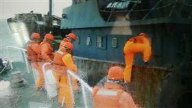 澎湖,漁船,大陸,豬肉,海巡隊(圖/澎湖海巡隊提供)
