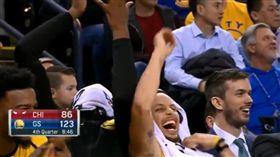 NBA/這創意慶祝 笑歪柯瑞杜蘭特 NBA,金州勇士,Stephen Curry,Kevin Durant