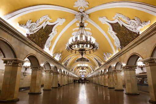 2莫斯科地下鐵shutterstock_403023472 (2).jpg