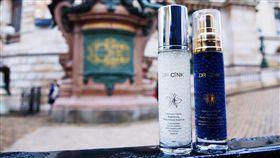 以保濕精華液「神奇小藍瓶」創下超高人氣口碑的專業醫美品牌Dr.Cink達特聖克