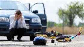 腳踏車車禍/翻攝自 https://www.murphey-law.com/bike-accidents/