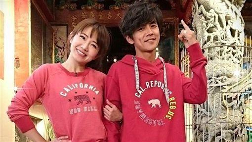 經紀人解釋阿翔跟謝忻去馬來西亞出席活動。(圖/翻攝自臉書)