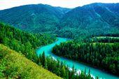 夏日避暑 玩北疆秘境「神的後花園」