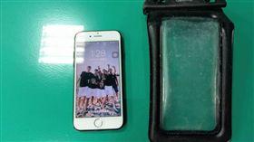 (圖/大園警分局提供),iphone落海兩個月