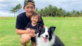 宥勝跟兒子、女兒。(翻攝臉書)