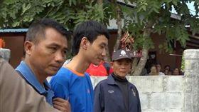 不滿父親「叫起床」…啃老男爆氣弒父 遭逮仍露出詭異微笑(圖/翻攝自MGR Online)