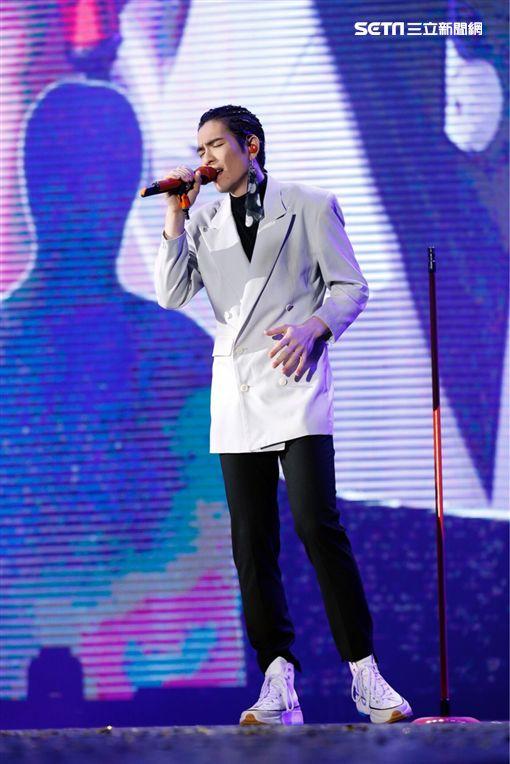 蕭敬騰《娛樂先生世界巡迴演唱會》高雄站/華納音樂提供