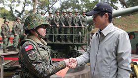 國防部長嚴德發今(20)日前往馬祖地區視導防務,翻攝自軍聞社