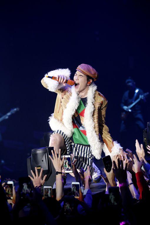 蕭敬騰(老蕭)20日在高雄舉辦《娛樂先生世界巡迴演唱會》(華納提供)