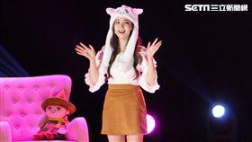 韓星朴敏英見面會一出場戴著翹耳貓的毛帽,相當俏皮可愛。