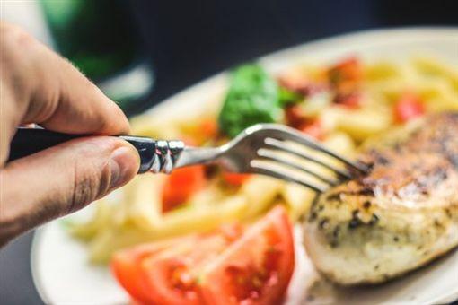 吃飯,食物,盤子(圖/翻攝自pixabay)