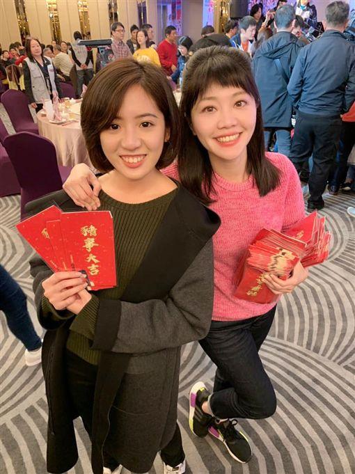 民進黨美女市議員高嘉瑜,昨(20)日晚於臉書,放上與「學姐」黃瀞瑩同框合照,臉書