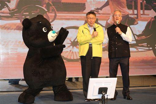 台北市長柯文哲出席1/21歲末寒冬送暖-獨居長者圍爐餐會,北市府提供