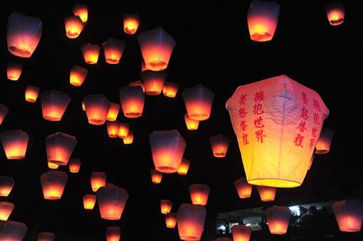 新北平溪天燈節,春節,元宵節,天燈,平溪天燈節,放天燈